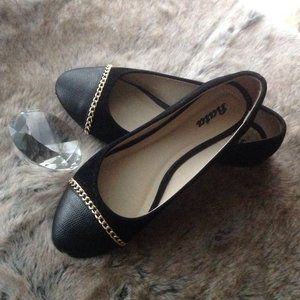 Black Ballet Flats with Gold chain details